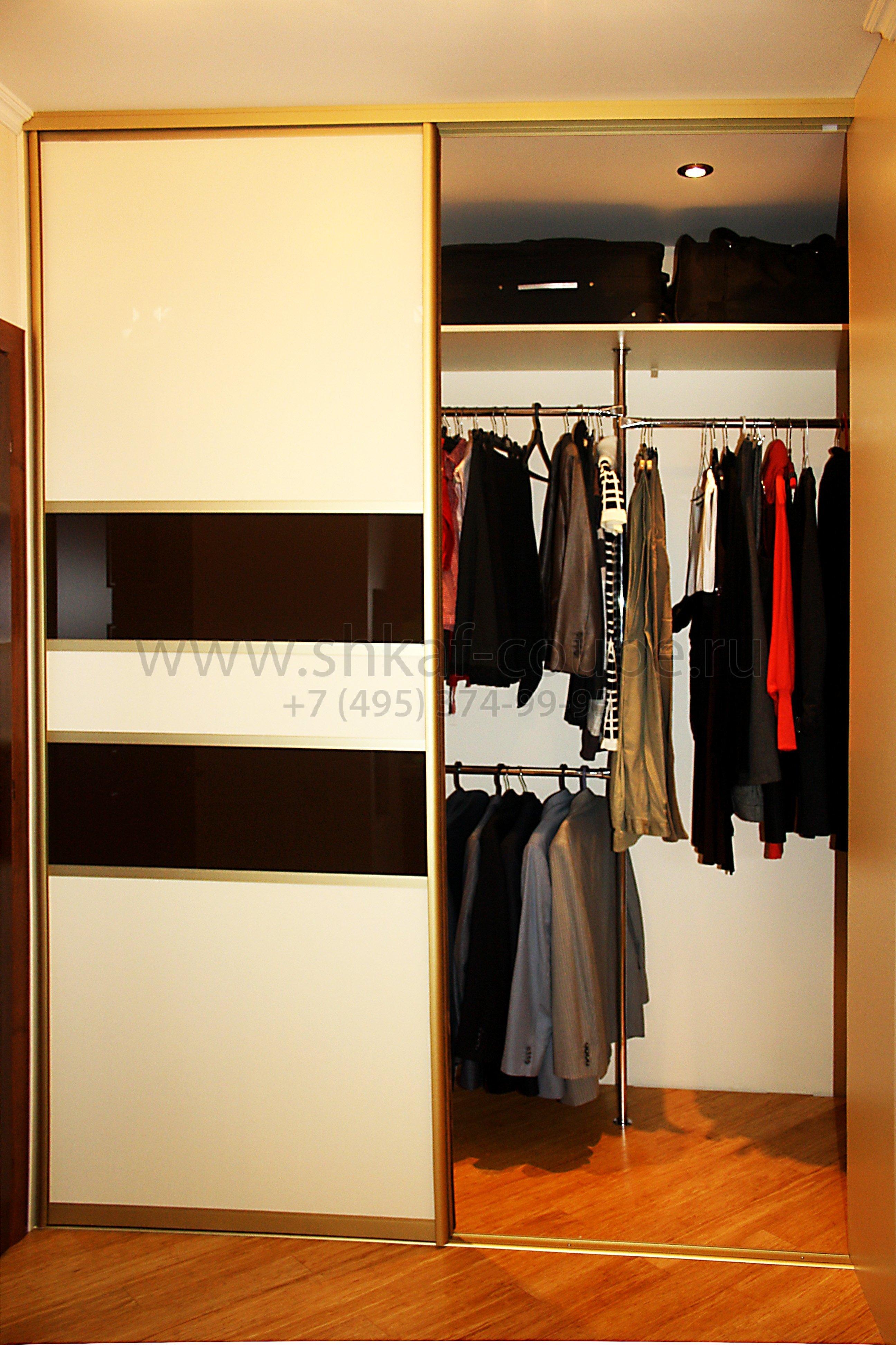 27. гардеробная комната с раздвижными дверьми размер: 1,6 x .